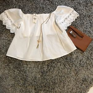 Express NWT XS Petite off shoulder crop top white